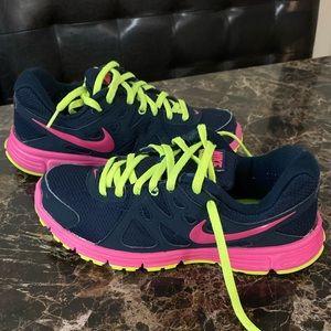 EUC Nike Revolution 2 Running Shoe